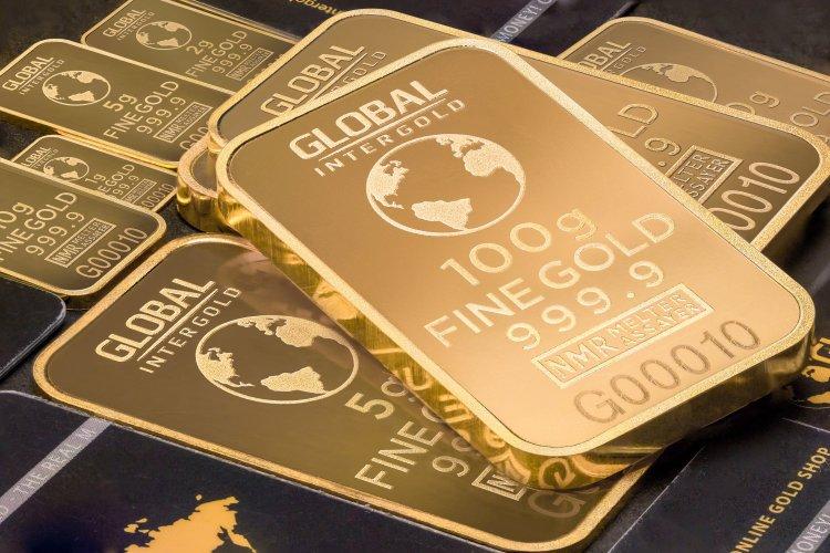 Beurscrisis laat goud weer blinken
