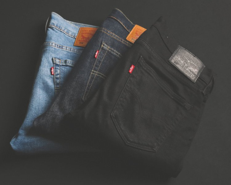 E-commerce houdt Levi Strauss overeind