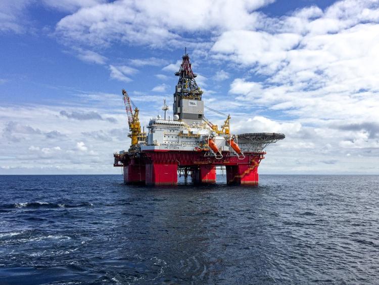 Twijfels over groei houden olieprijs in de tang