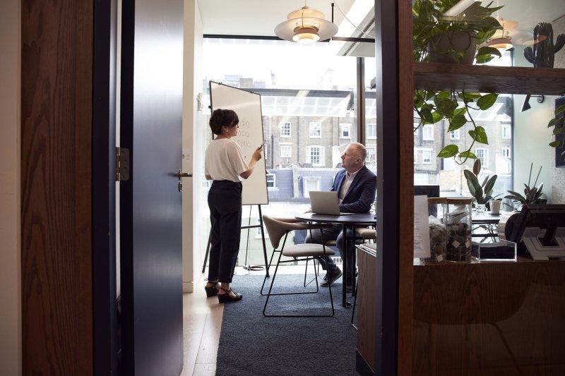 Een bedrijfspand financieren: waar moet ik op letten?