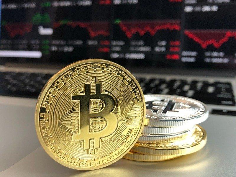 1/bitcoina.jpg